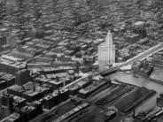 Building Chicago's skyline