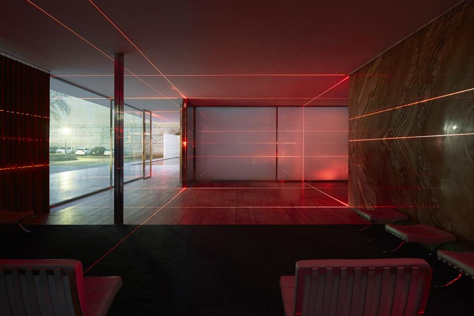 geometry_of_light_luftwerk_iker_gil_kate-joyce_04