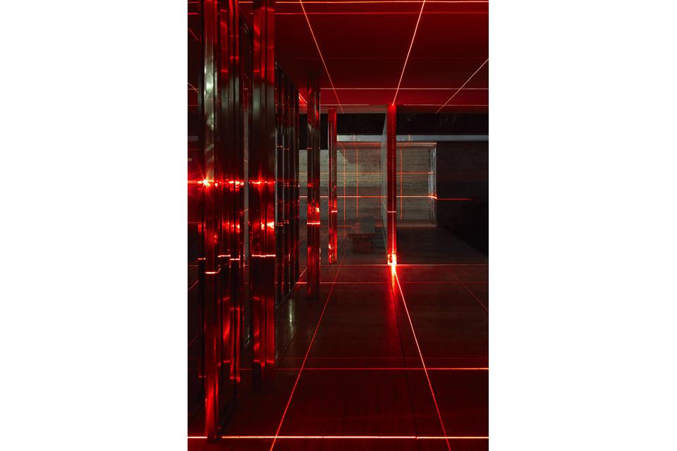 geometry_of_light_luftwerk_iker_gil_kate-joyce_13