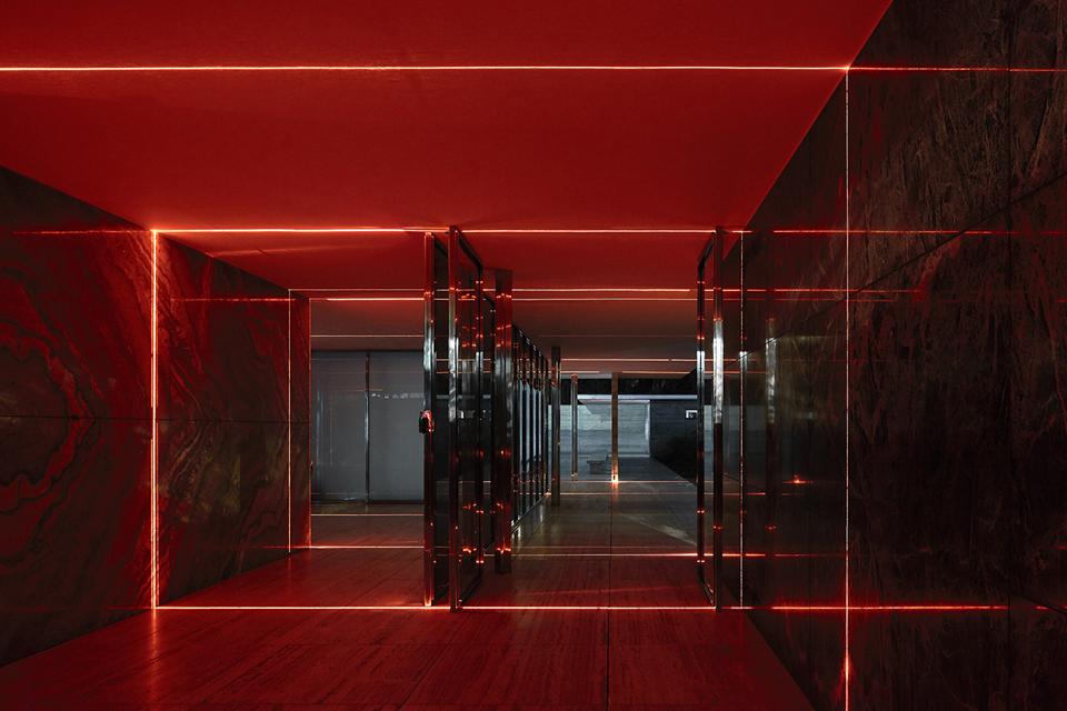 geometry_of_light_luftwerk_iker_gil_kate-joyce_16