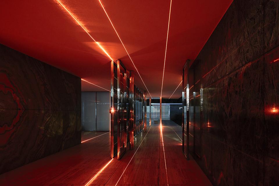geometry_of_light_luftwerk_iker_gil_kate-joyce_17