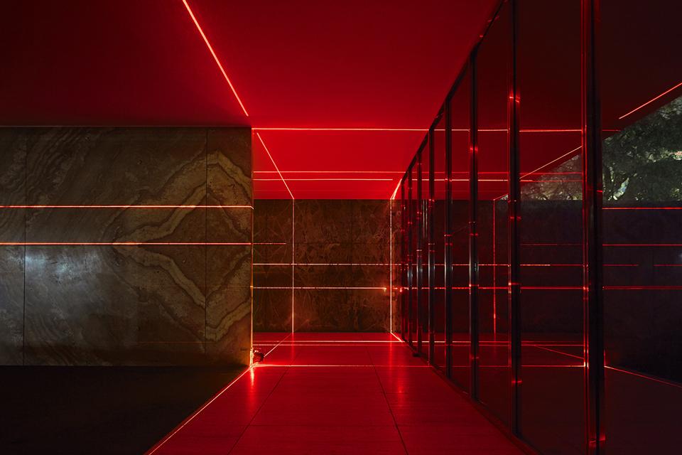geometry_of_light_luftwerk_iker_gil_kate-joyce_18