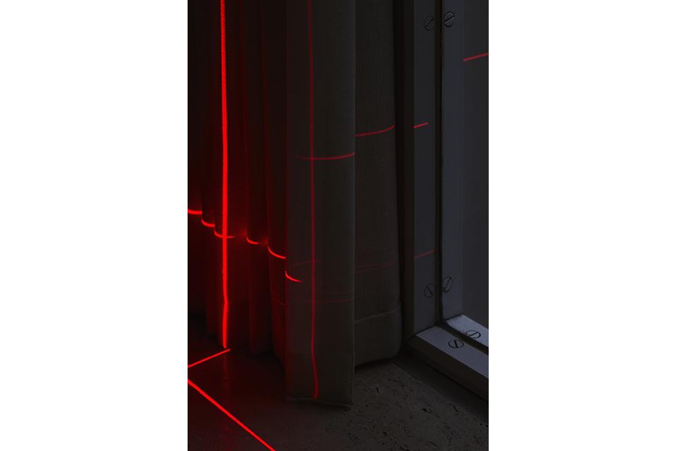 geometry_of_light_farnsworth_luftwerk_iker_gil_kate_joyce_09
