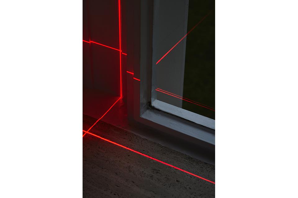 geometry_of_light_farnsworth_luftwerk_iker_gil_kate_joyce_10