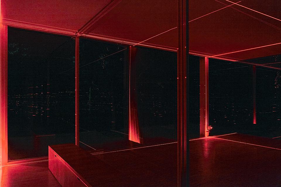 geometry_of_light_farnsworth_luftwerk_iker_gil_kate_joyce_14
